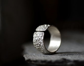 OXYDE - adjustable silver band, raw finish, rich texture ring: Wabisabi inspired design
