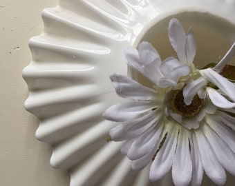 Vintage milk glass shade| reflector