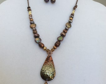 Pearls and Copper Necklace Set