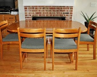 Set of 4 Original Solid Teak Danish Chairs by DYRLUND, Mid Century Modern, labeled