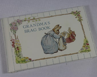 Beatrix Potter Grandma's Brag Book 1990 Gibson