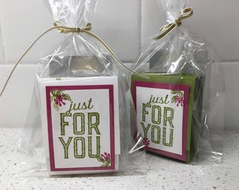 Instructions: Hand Sanitizer Gift Packaging