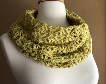Crocheted Cowl, Naturally dyed, Plant dyed, Cosmos Cowl, Cowl, Botanically Dyed, Winter Accessories, Gift Ideas