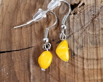 Yellow Mother of Pearl Pebble Earring