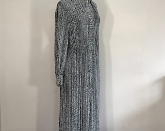 Vintage 60s Metallic Gown, Retro Ball Gown,  Silver Party Dress, Mid Century Ball Gown, Floor Length Ball Gown