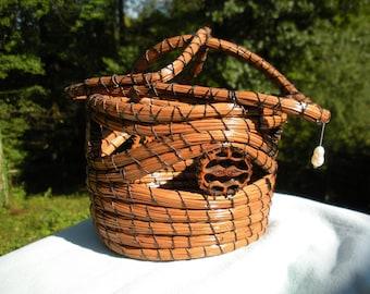 Longleaf pine needle basket with freshwater pearl