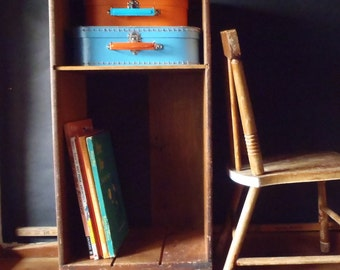 Vintage Solid Oak Wood Book Cart End Table Night Stand