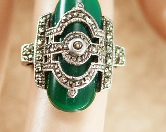 Art Deco Chrysoprase Ring ESTATE Vintage FABULOUS sterling Green Stone of Venus size 4 1/2