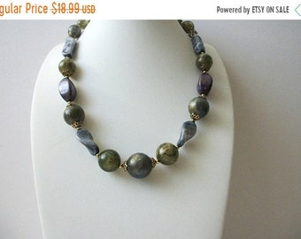 ON SALE TRIFARI Hand Molded Marbleized Lucite Gold Tone Tiny Metal 17 Inch Necklace 61518