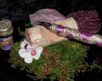WINE Pen Rest for QUILLS or Calligraphy BRUSHES Fairy Desk Set, Handmade