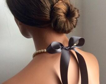 pearl necklace | bridesmaids gifts | bridal jewelry | prom | formal attire | bridal | black tie | dark grey | chic | weddings | prom | bride