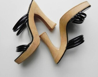 disco inferno ~ strappy wood sandals