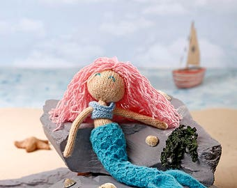 Luna the Mermaid PDF knitting pattern