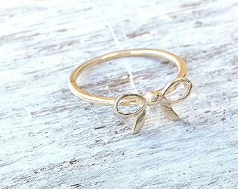 SALE- bow ring,gold ring,simple ring,gift for her,delicate ring