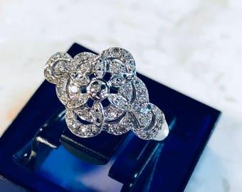 Vintage 10k white gold cluster ring