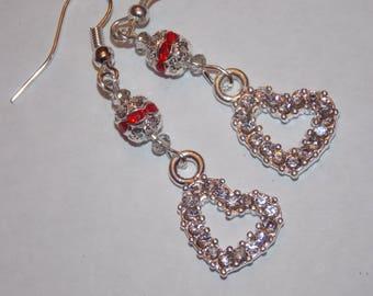 Clair strass coeur rouge strass incrusté de perle boucles d'oreilles