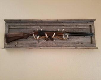 Rustic Gun Rack, Gun Rack, Deer Antler, Antler Rack, Mancave Decor, Antler Decor, Gun Display, Antler Display, Reclaimed Wood, Gift Ideas