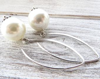 White pearl drop earrings, 925 sterling silver earrings, bridesmaid earrings, dangle earrings, bridal jewelry, wedding jewelry, gioielli