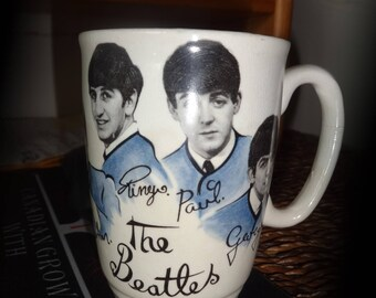 OAKVILLE  The BEATLES Original Early 1960s Coffee Mug Collectible Cup Made in England