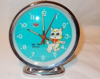 Hero Animated Alarm Clock Moving Cat Eyes Childrens Vintage Alarm Clock Mechanical Clock Apple Alarm Clock Wind Up Clock Desk Clock