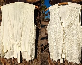 Vintage Sleeveless Shirt Women's, Vintage White Lace Top, Vintage Floral Lace Top, White Floral Lace Blouse, 90s Vintage Floral Lace Top