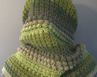 Super soft textured cowl