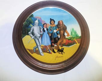 The Grand Finale Wizard of Oz Vintage Knowles Collectible Plate in Van Hygan & Smythe Frame