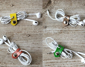 Cord Organizers Leather, STOCKING STUFFER  Holiday Gift, Tech Accessory, Travel Gift, Leather Cord Keeper, Cord Holder, Gifts For Friends