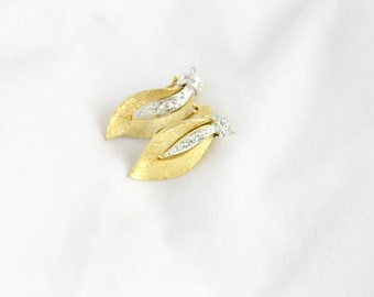 Vintage Gold Leaf & Dimond Accented Clip On Earrings