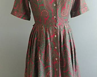 Vintage Paisley Dress Vintage Red Dress Vintage Green Dress Size Small Vintage Dress Vintage College Teens Day Dress Vintage 50s 60s dress