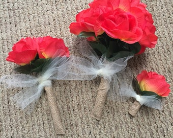 Wedding bouquets and boutonnière set bride maid of honor bridesmaid groom peach orange coral yellow roses burlap wrap