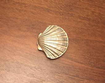 Vintage Mimi Di N seashell belt buckle