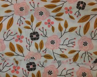 Fabric - Peach coloured Flowers