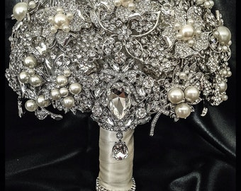 Rich Classic Pearl Brooch Bouquet. FULL PRICE Crystal Bling Glam Pearl Brooch Bridal Bouquet. Pearl ivory silver Broach Bouquet