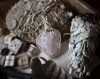 Raw Rose Quartz Crystal Pendant Necklace/Spiritual Healing/Heart Chakra/Energy Healing