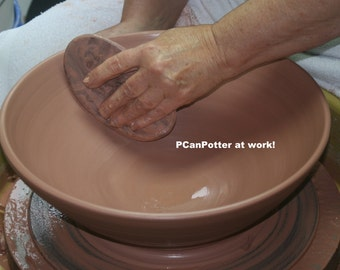 Photograph of PcanPotter at Work/Ceramics and Pottery