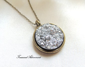 Druzy Necklace, Resin Silver Druzy Round, Vintage Style Necklace, Galaxy Necklace, Thank you gift for her, Graduation gift, Ramadan