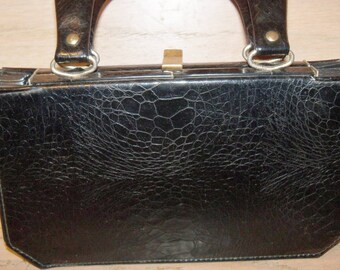 Black Verdi Handbag Top Handle Purse Made in USA Accordion Bottom Gift Guide Women 1940s 1950s