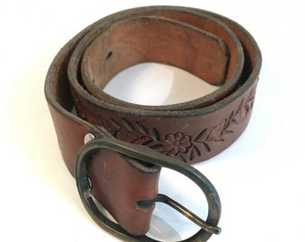Tooled Leather Belt, Brass Belt Buckle, Acorns Flowers on Vines, Granchester Meadows Leather, Made for Bootlegger, Size X Small