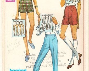 Bermuda, Short Shorts & Slacks Pattern Proportioned for Perfect Fit - Vintage 60s Simplicity 7688 - Bonus How to Chart - Short Medium Tall