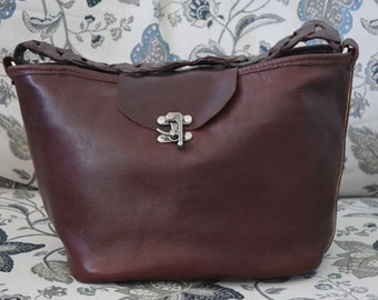 Luxurious Hand Crafted Leather Tote Bag