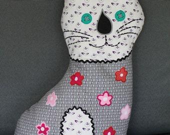 Cat shaped cushion