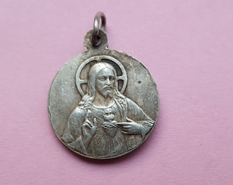 Religious silvered medal of Holy Christ Our Lord and Our Lady N.D. de Lignou.