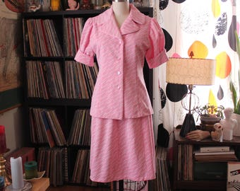 AS IS SALE womens vintage pink jacket top and skirt set . late 60s early 70s waitress uniform style . glam wide collar, puffy sleeves