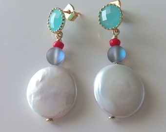 Pearl Struck Earrings