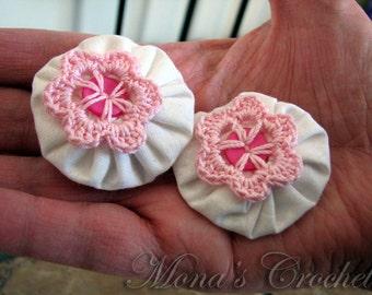 Hand Crocheted Pink Button Flower And White Fabric YoYo Hair Barrette | Crochet Hair Clip | Crochet Hair Barrette - Set of 2