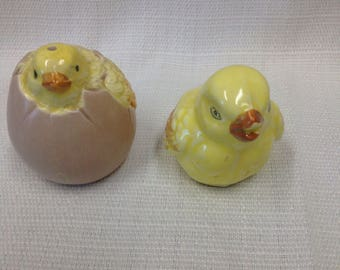 Vintage Chicks Hatching Salt Pepper Shakers Bought in 1983