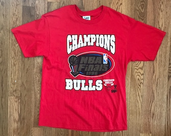 Vintage Deadstock 90's Chicago Bulls NBA Champions T-shirt // XL