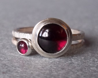 Aquarius Moon and Tiny Stack - Large, Bright Garnet.  Sterling and Fine Silver Ring Set.