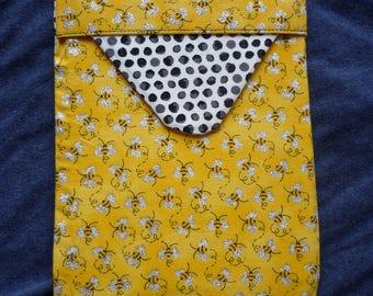 Tablet / eReader Case -  Buzzing Bees
